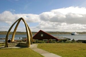 Bogen aus Walknochen in Stanley, Falkland-Inseln