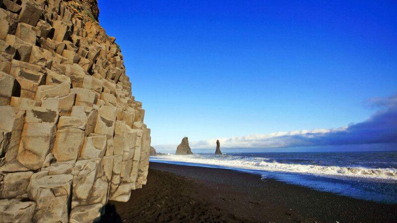 Spektakulärer Strand bei Reynisfrara © Diamir