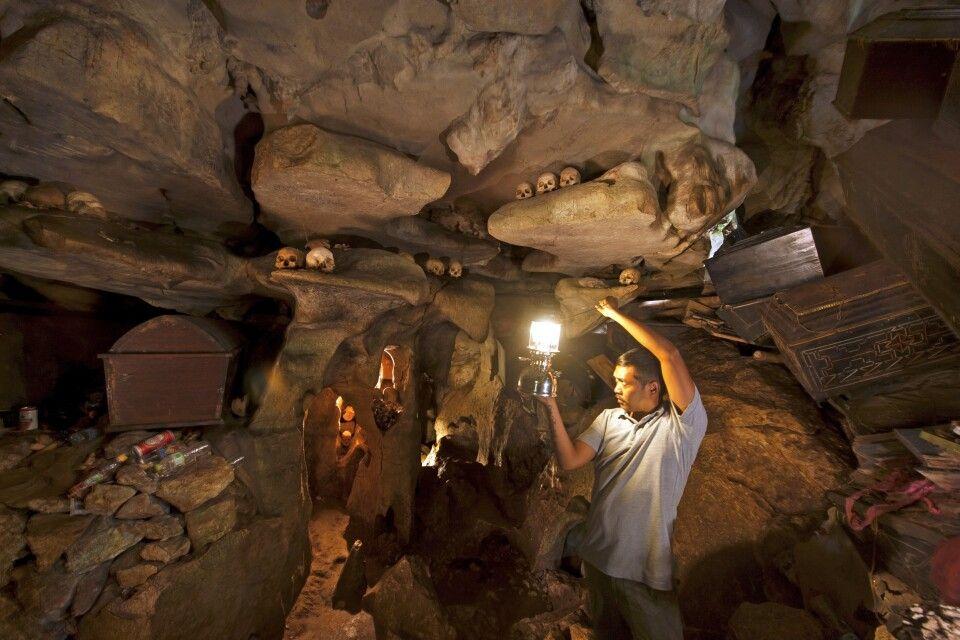 Höhle in Toraja