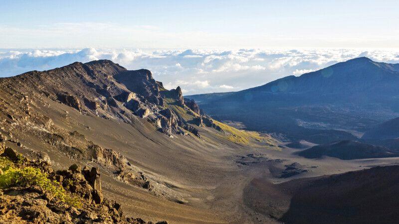 Die spektakulären Krater des Haleakala auf Maui © Diamir