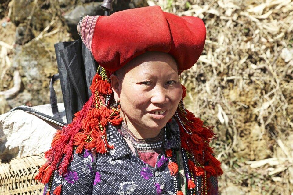 Frau der Red Dzao in Nordvietnam