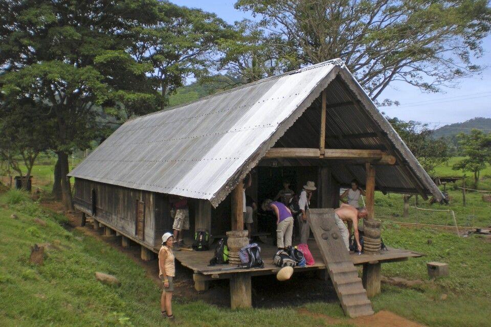 einfaches, aber sehr spezielles Homestay während der Wanderetappe in Nam Ka