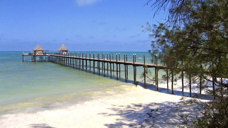 Strand des Spice Island Resort © Diamir