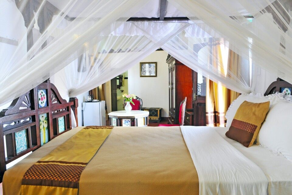 Zimmer im Dhow Palace Hotel