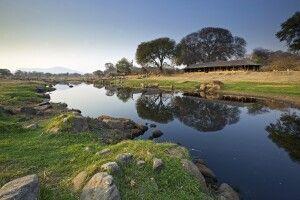 Sicht auf die Ruaha River Lodge