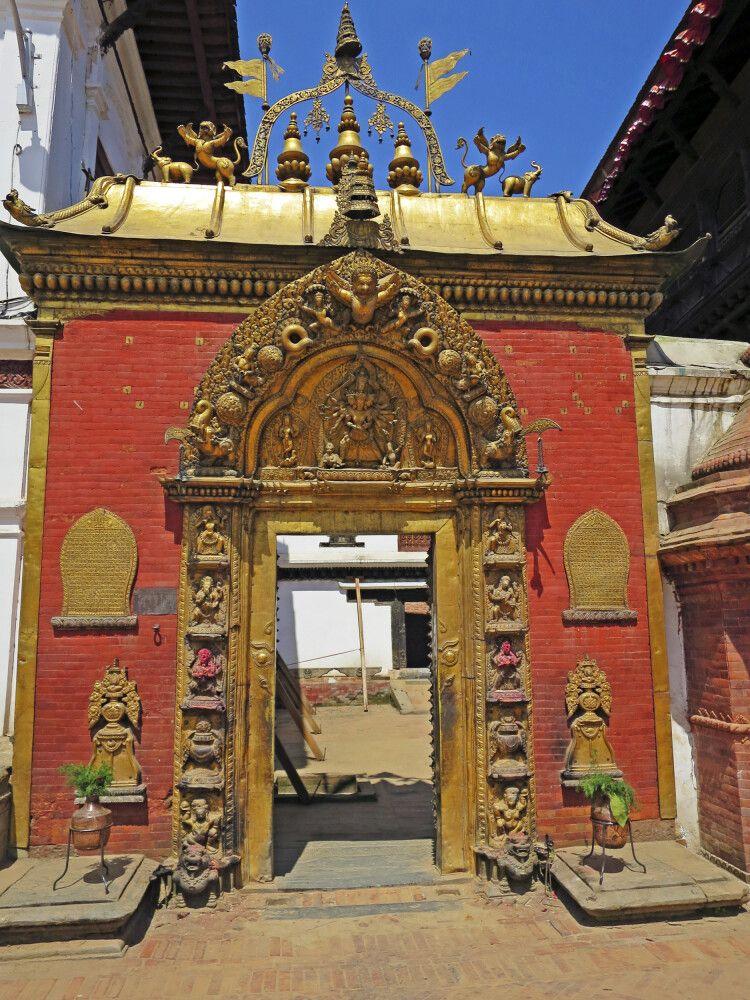 Goldenes Tor am Königspalast in Bhaktapur