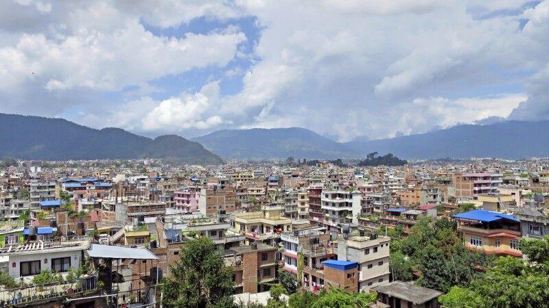Blick über die Dächer von Kathmandu © Diamir