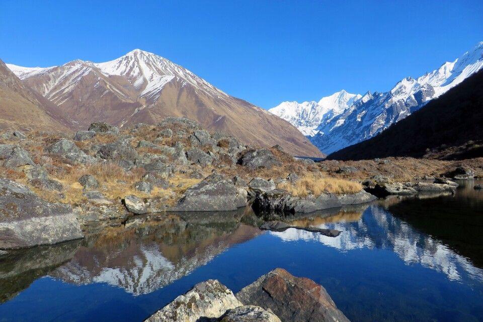 faszinierende Bergwelt von Kyanjin Gompa mit Blick nach Langshisha