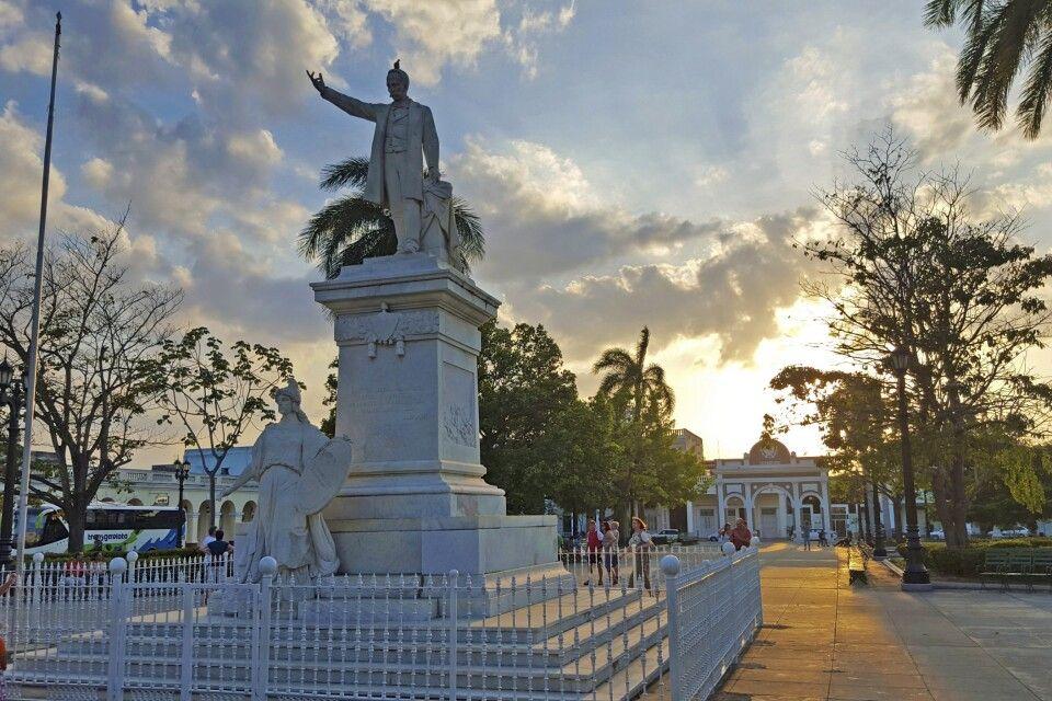Denkmal des Jose Marti in Cienfuegos, Kuba