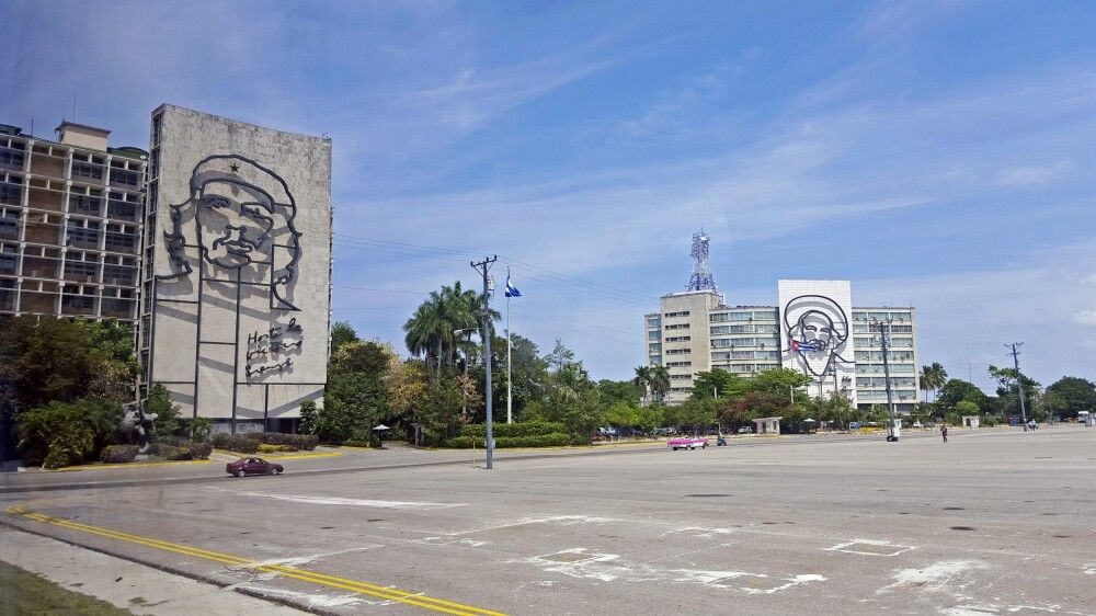 Che Guevara und Camilo Cienfuegos am Platz der Revolution in Havanna, Kuba