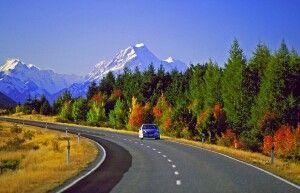 Im Mietwagen durch Neuseeland.