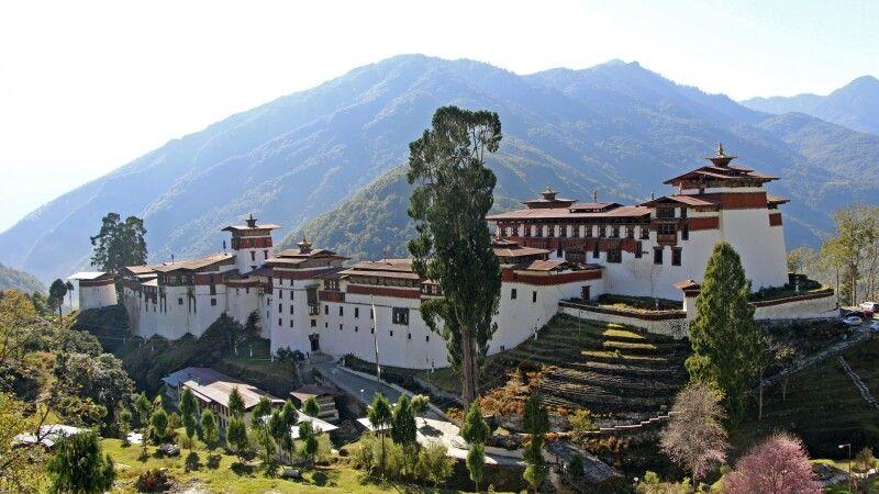 Trongsa Dzong © Diamir