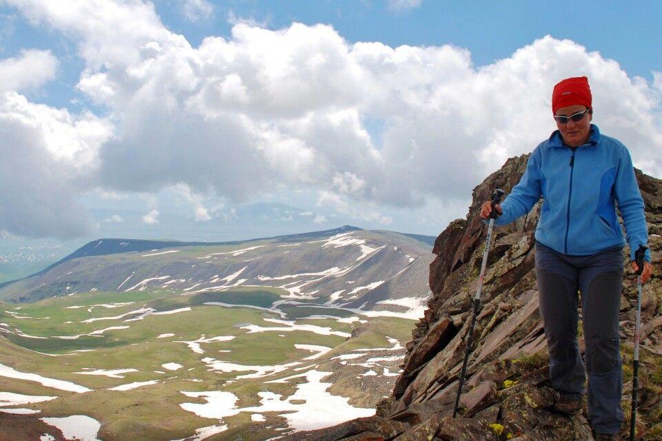 Aufstieg zum Aragats