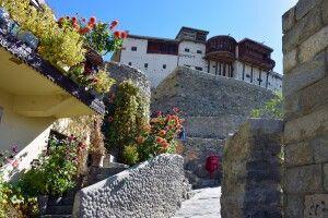 Das Fort Baltit liegt malerisch oberhalb der Ortschaft Karimabad.