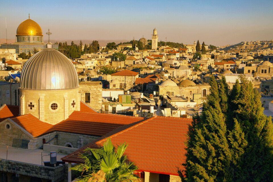Sonnenuntergang über der Altstadt von Jerusalem