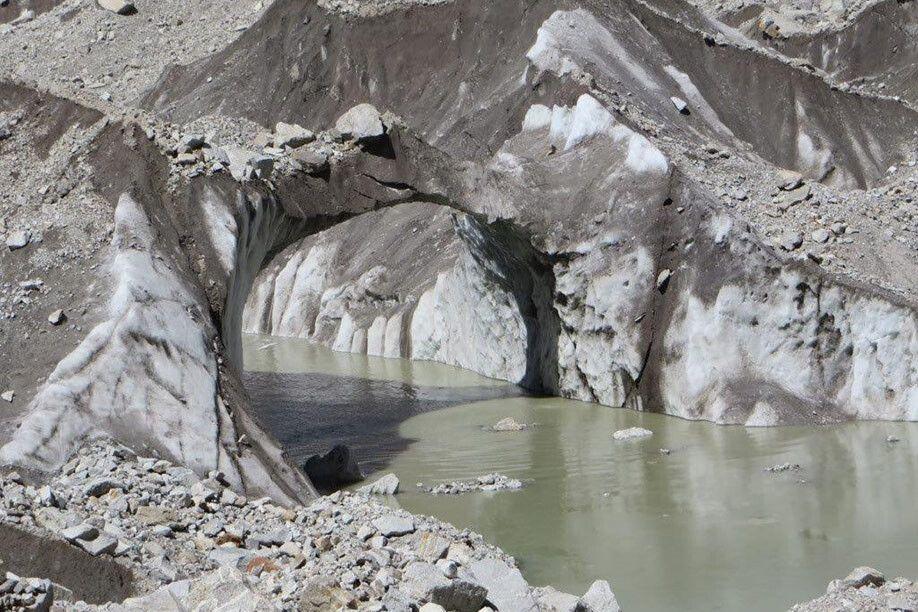 Gletschertor auf dem Gangotri-Gletscher
