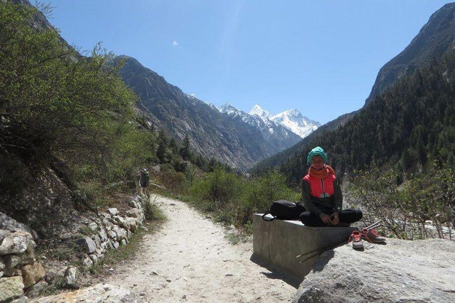 Der Weg zur Gangesquelle im Tal des Bhagirathi
