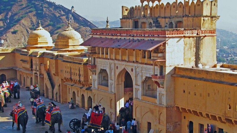 Fort Amber bei Jaipur © Diamir