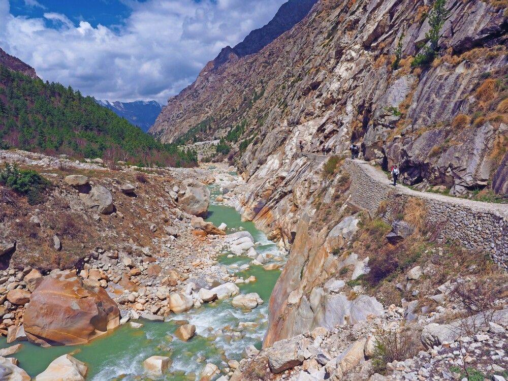 Auf traumhaften Pfaden durch das Bhagirathi-Tal.