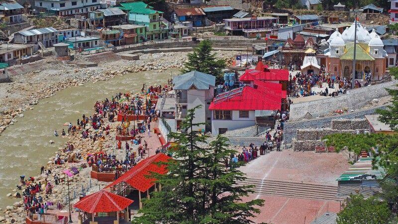 Pilger in Gangotri © Diamir
