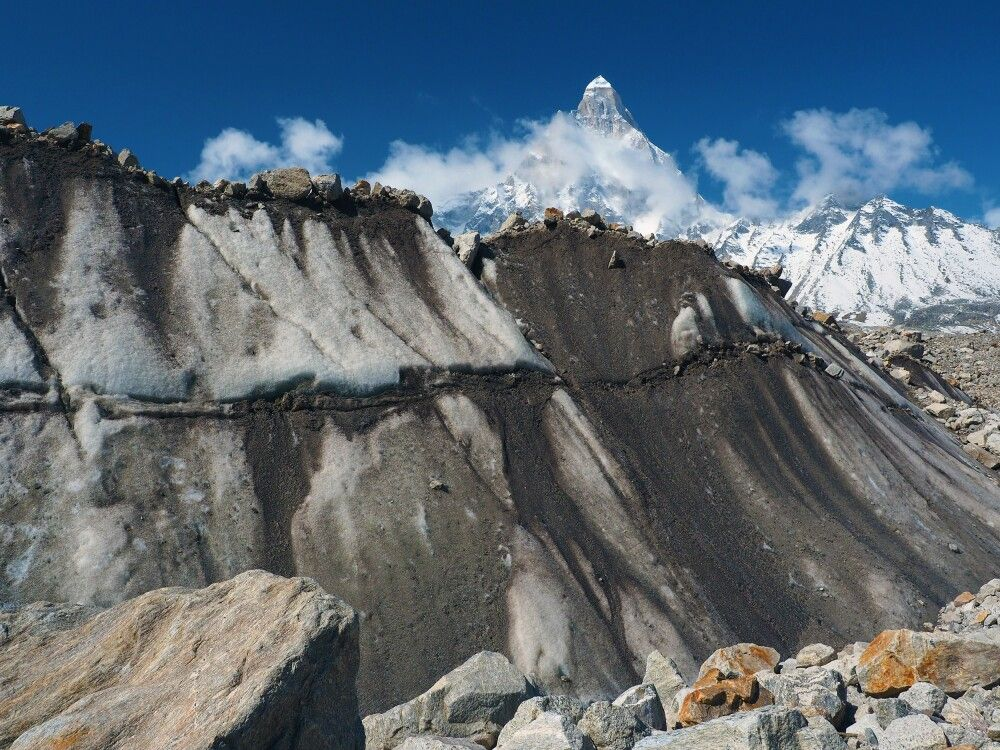 """Der Shivling die """"Rakete des Garhwal"""" wacht über dem Gangotri-Gletscher"""