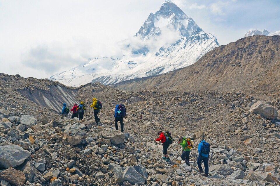 Im Auf und Ab über den Gangotri-Gletscher