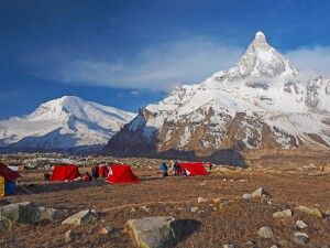 Von der Alm Nandanvan Blick zum Shivling – das Matterhorn des Garhwal!