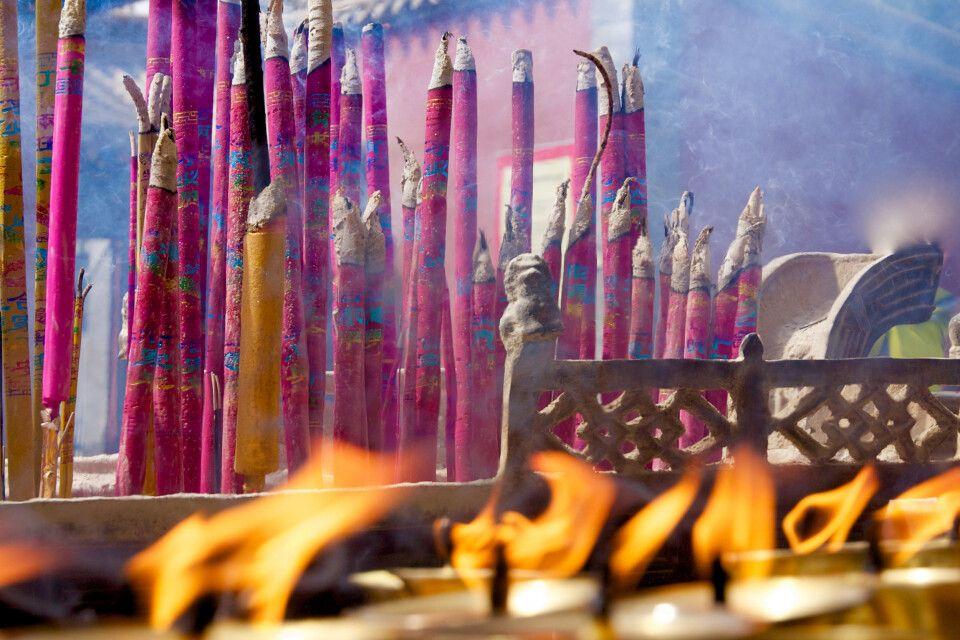 Räucherstäbchen im Kumbum bei Xining