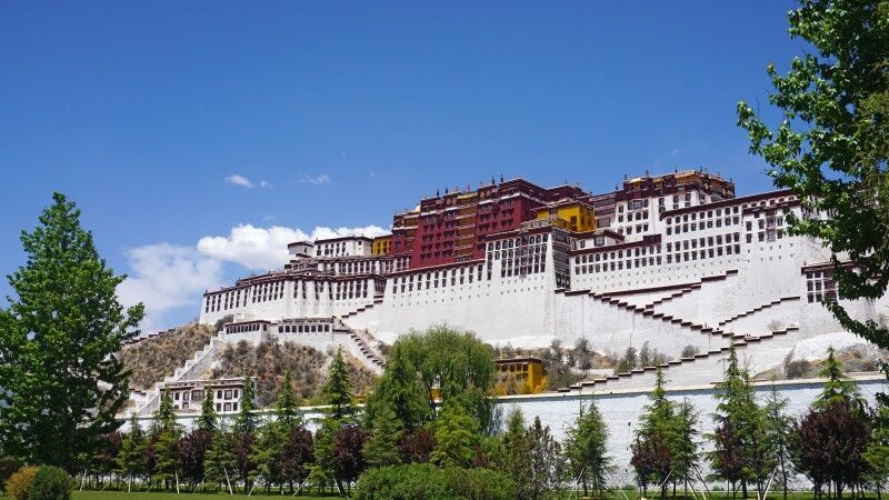 Potala Palast in Lhasa © Diamir