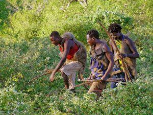 Hadzabe leben in der Region um den Lake Eyasi