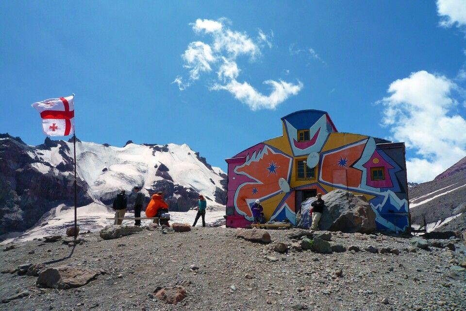 Die Betlemi-Hütte am Kasbek dient als Basislager.