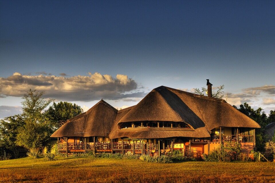 Chobe Savanna Lodge: einmalige Lage