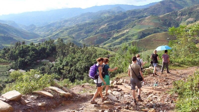 Leichte Wanderung in Mu Cang Chai © Diamir