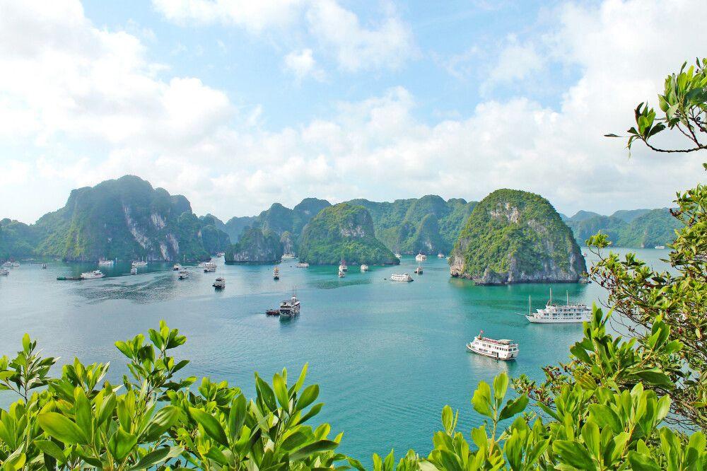 Blick von der Ti-Top-Insel zur Halongbucht