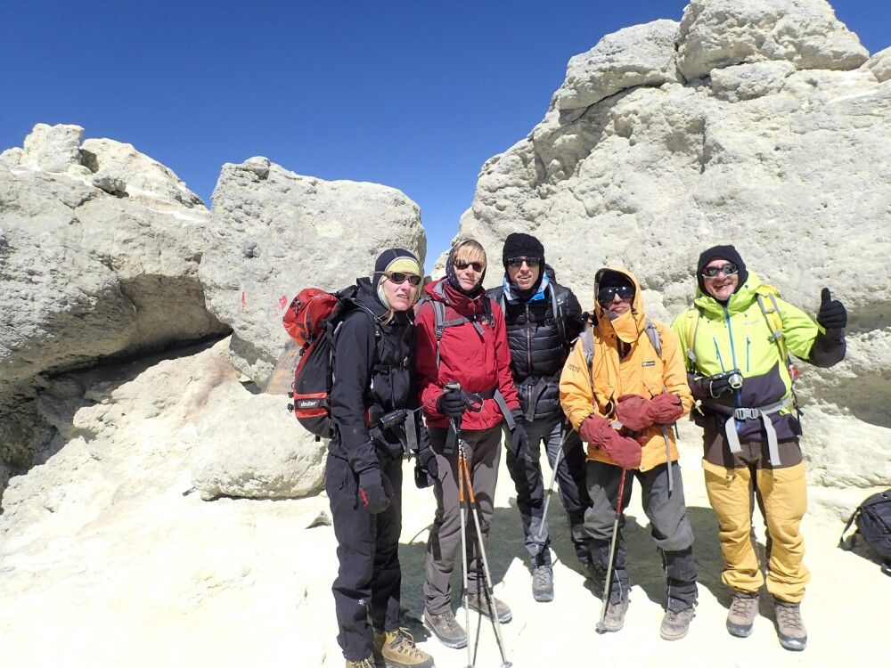 Geschafft! Auf dem Gipfel des Damavand!