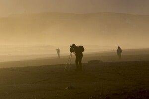 Fotograf in goldenem Licht