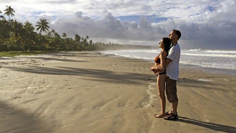 Sonne tanken am einsamen Strand in Bahia © Diamir