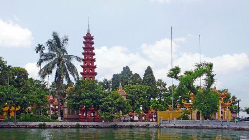 Tran-Quoc-Pagode in Hanoi © Diamir