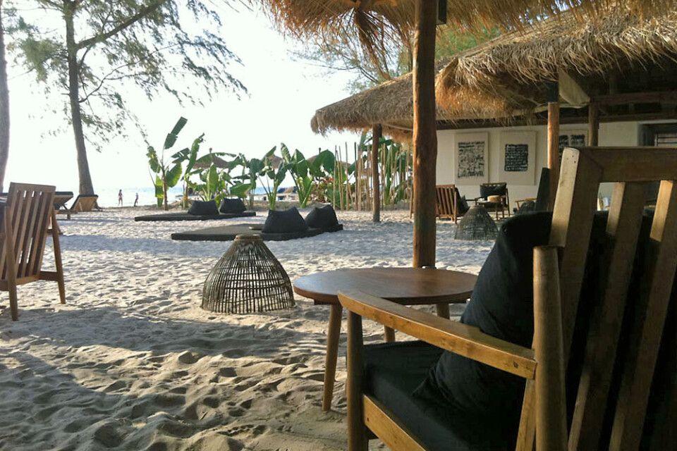 Lounge am Strand am Tamu Hotel