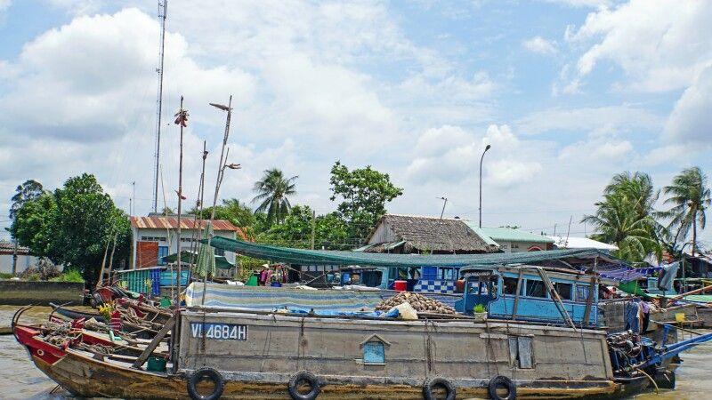 Schwimmender Markt von Cai Be im Mekongdelta © Diamir