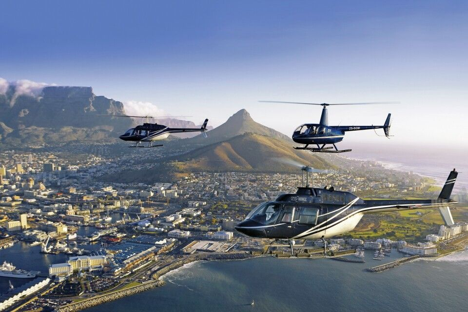 Afrika Südafrika Kapstadt  Helikopterflug