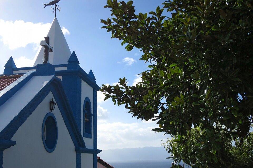 Eine kleine Dorfkirche