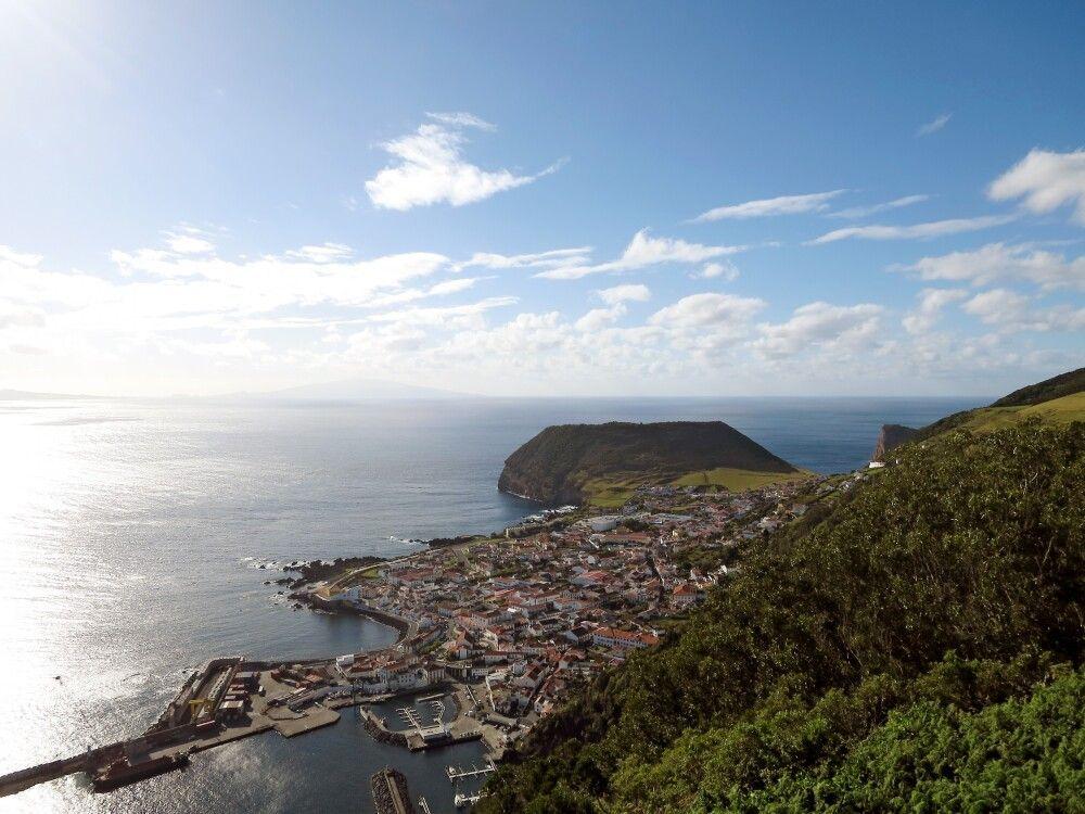 Velas – die Inselhaupstadt von Sao Jorge