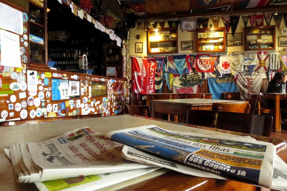 Das berühmte Cafe Sport in Horta