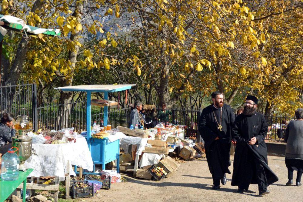 Am Kloster Tatev