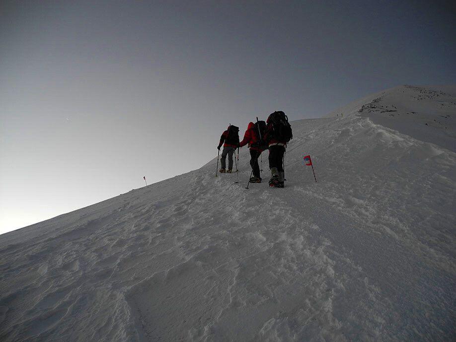Gipfeltag! Noch vor Morgengrauen sind wir losgegangen.