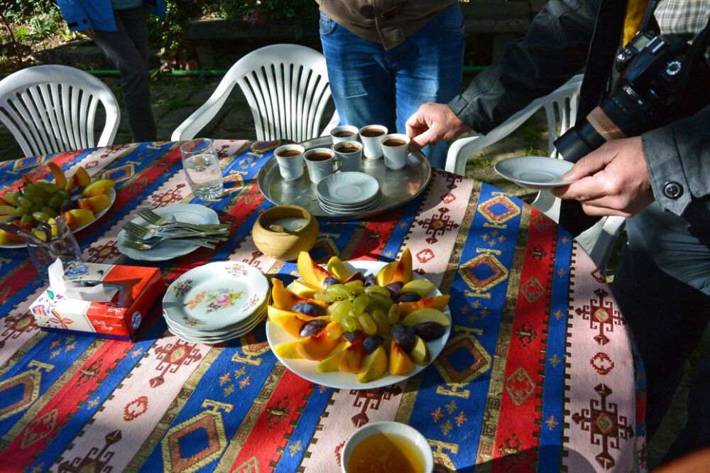 Mittagessen in Ashtarak am 9. Tag
