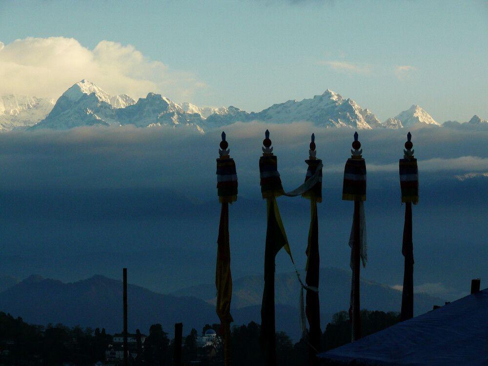 INDSIK_270315_4MBT_04_Darjeeling_Blick_zum_Kanchenjunga.jpg