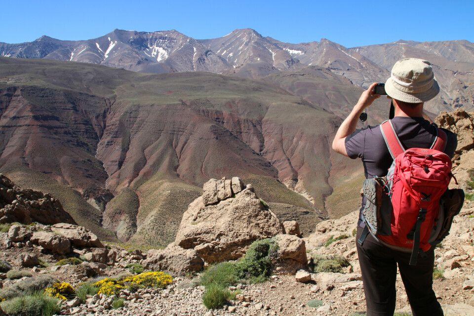 Ein Blick zurück vom 3300m hohen Asdrem-Pass