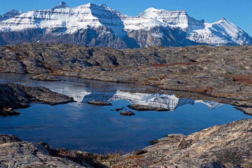 Herbst in der Tundralandschaft des Scoresby-Sund